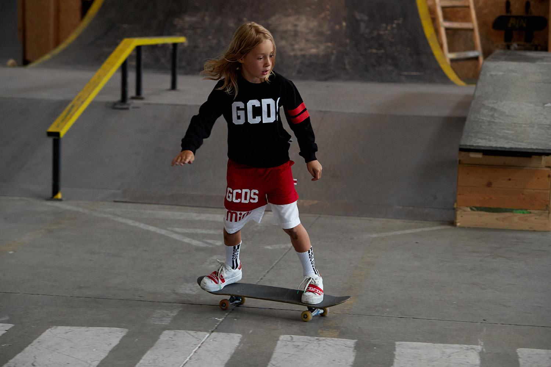 Брендовая одежда GCDS для девочек и мальчиков. Последние коллекции итальянской одежды GCDS 2020